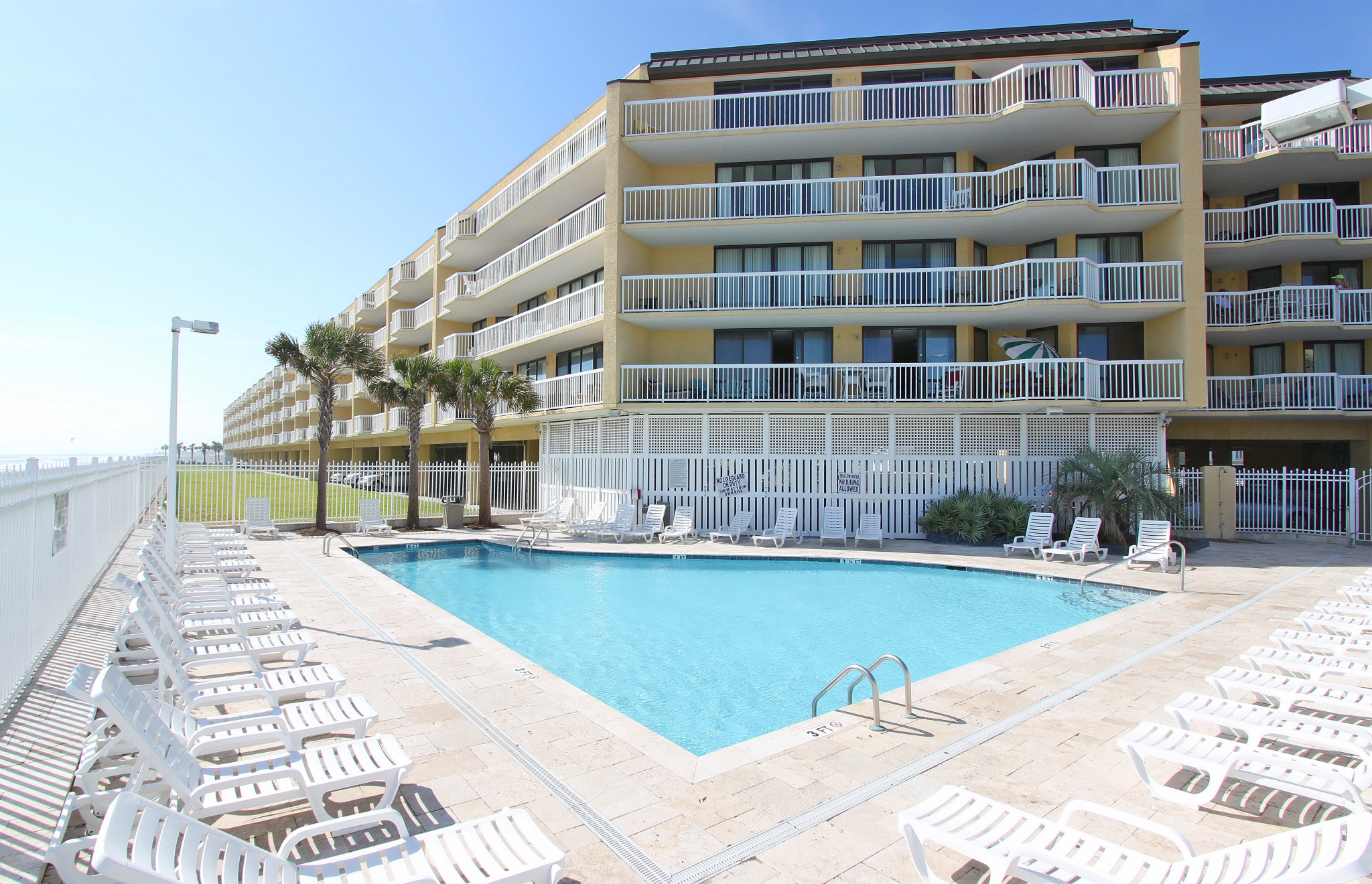 Charleston Oceanfront Villas Pool