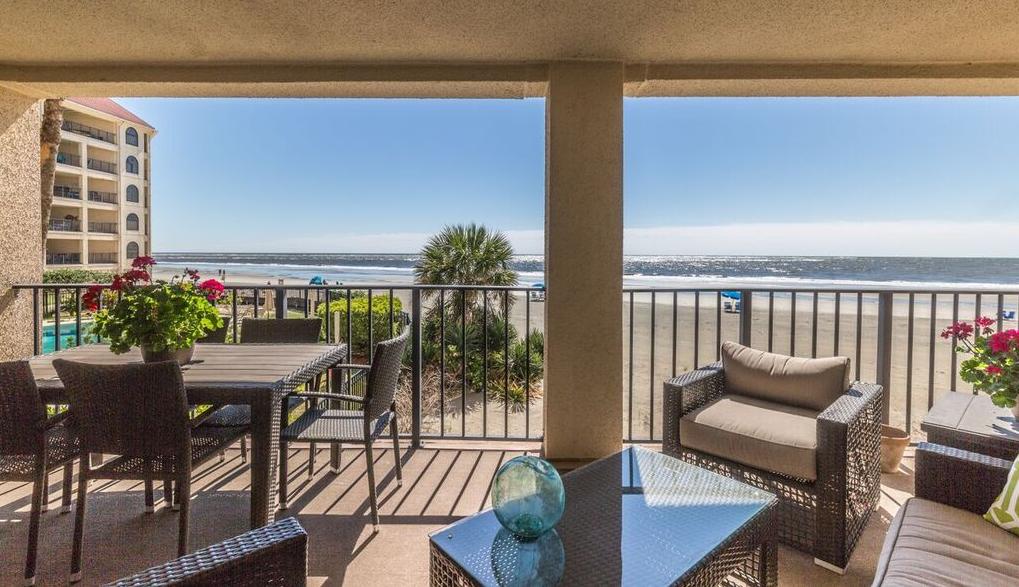 An oceanfront patio